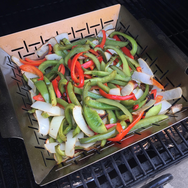 Veggie tails 02 veggie tails too